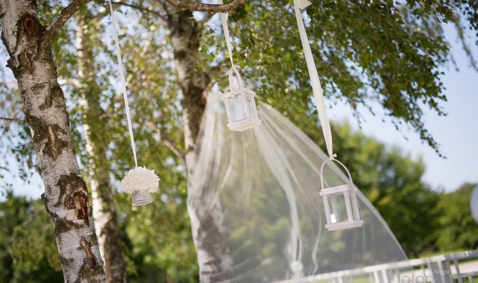 Svadba pod holým nebom…